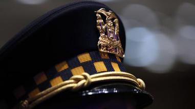 ct-ctweb-file-chicago-police-department-hat-20170802